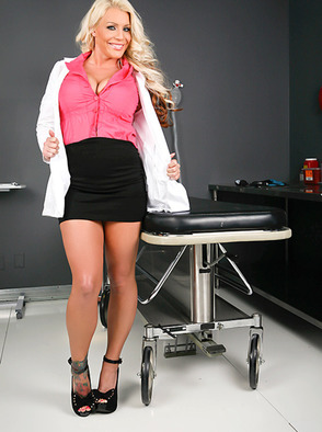 Sadie Swede Is A Very Helpful Doctor