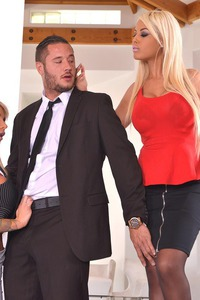 Lolly Ink And Bridgette B. Threesome