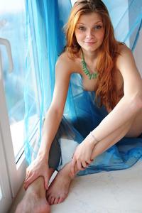 Redhead Teen Hottie Indi