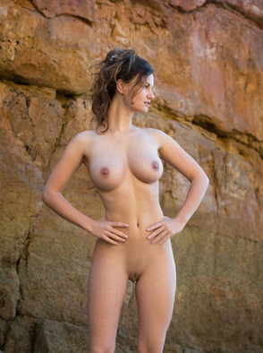 Tall And Busty Beauty Susann Teases Nude