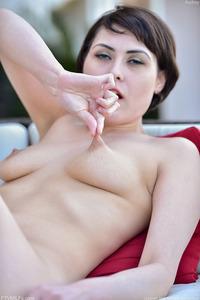 Audrey Masturbating