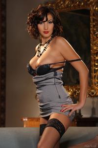 Beautifull Connie Carter Hot Striptease