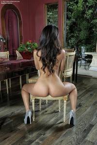 Sophia Leone Shows Her Trimmed Pussy