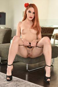 Kinky Redhead Amarna Miller