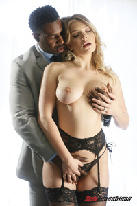Hot Giselle Palmer Plays With A Massive Black Cock