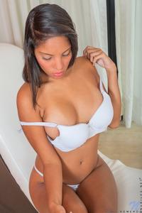 Latin Teen Roxy Romero Fingers Pussy