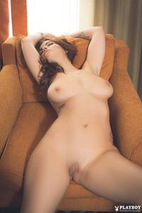 Elizabeth Marxs In Luscious Body