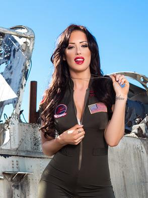Alyssa Bennett Sexy Pilot