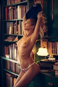 Super Hot Playboy Babe Taya Vais