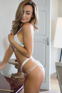 Paige Green Removes Her Lingerie
