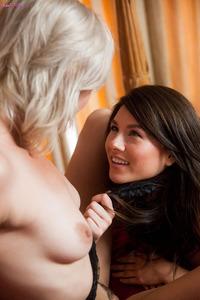 Eliza Jane Playing Around With Her Sexy GF