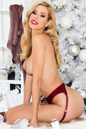 Kennedy Summers Miss December 2013 Holiday Honey Via Playboy