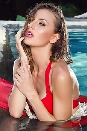 Playboy International Model - Jennifer Love