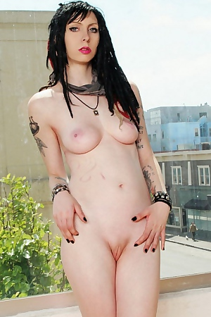 Sexy Tattooed Gutter Punk Girl Nude...