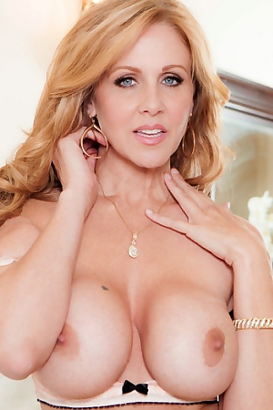 Julia Ann Is One Busty MILF