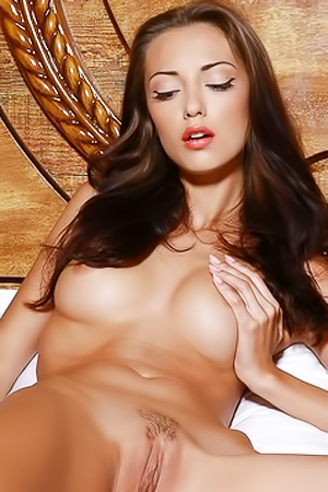 Natural Brunette Beauty Anna AJ Reveals Slick Body