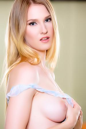 Hot Ashley Lane Has Sweet Pussy