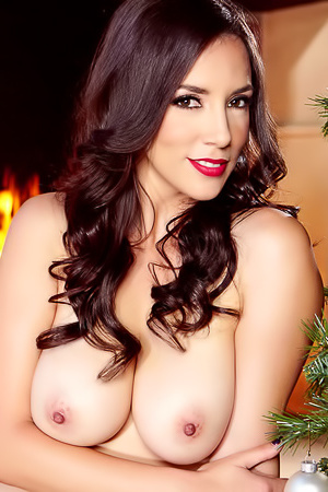 Jelena Jensen's Christmas Photo Set
