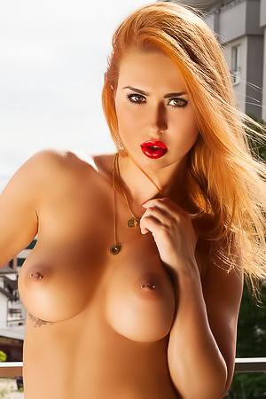 Busty Redhead Justyna