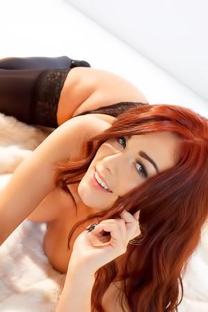 Glamour Redhead Dream Babe Amber