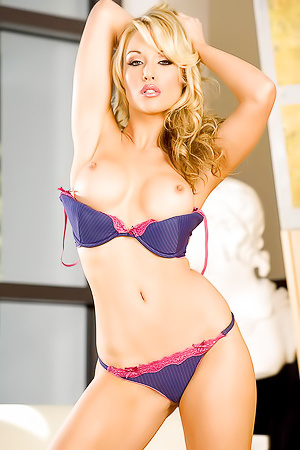 Kayden Kross Hot Blonde Babe Pussy Play