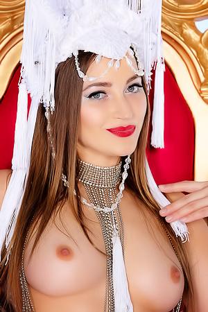Famous Pornstar Hottie Dani Daniels