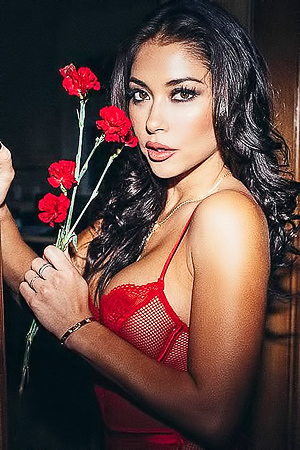 Arianny Celeste Sexy In Red Lingeries