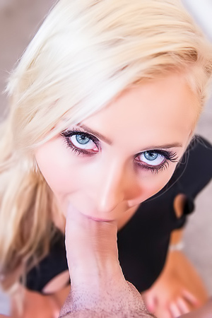 Alix Lynx Blonde Dirty Bitch Sucks