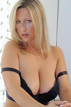 Blonde Alexis