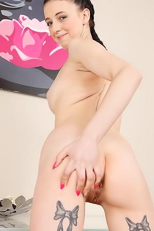 Anny Romaine