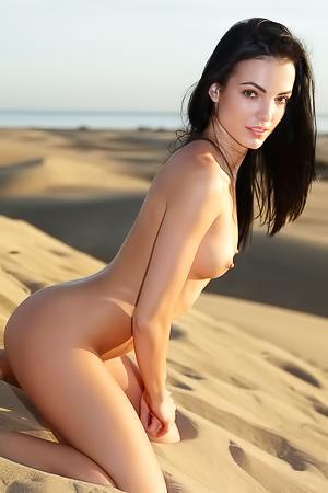 Sapphira A In The Desert