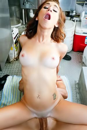 Kelly The Smoothie Slut