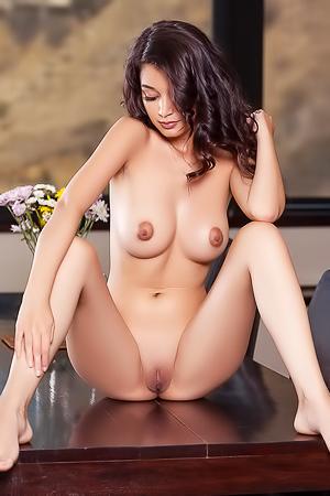 Sexy Lingerie-clad Eden Arya
