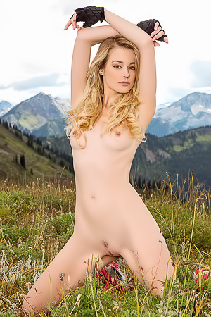 Olivia Preston - Picnic In Mountains