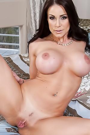 Pornstar Kendra Sunderland, Nude Sexy Pics