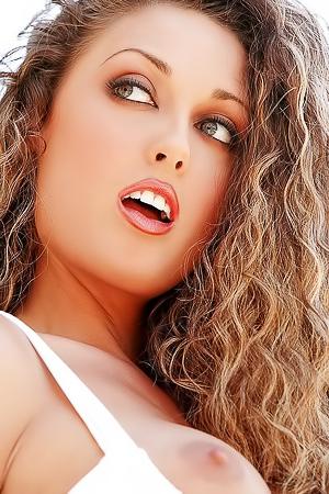 Gorgeous Girl Melissa Jacobs Outdoor Nude Pics