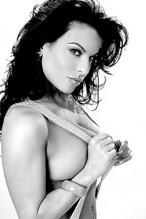 Busty Nancy Erminia Hot B&W Pics