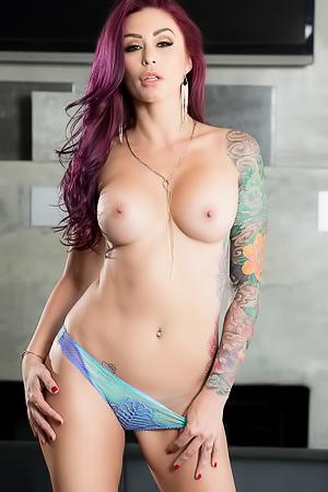 Tattooed Redhead MILF Monique Alexander