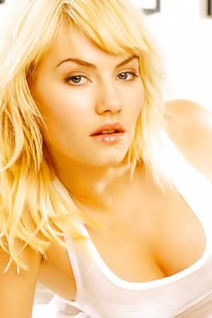 Sexy Pictures With Elisha Cuthbert