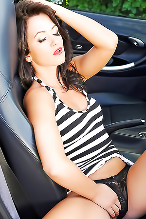 Tess Horny Babe Enjoy On Porsche Front Bonnet