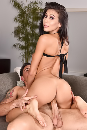 Heather Vahn Enjoys Foot Sex On The Sofa