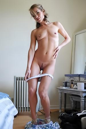 Melanie Walsh Arriving
