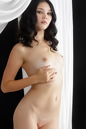 Raven Haired Beauty Malena Nude In Her Bed
