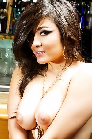 Asian Lady Sophia Jade Sprawls Invitingly