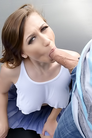Young Ivy Rose Fucking Outdoors