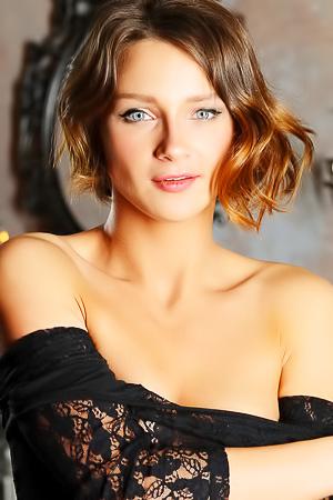 Sexy Russian Babe Doris G