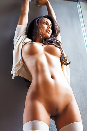 Playmate Of The Year 2013 Raquel Pomplun