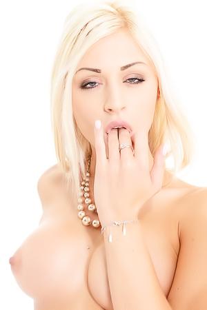 Chloe Lacourt Solo