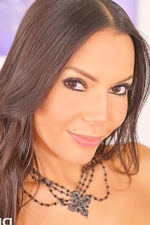 Boobed Latina Milf Jessica Moy Shows Amazing Fuckability
