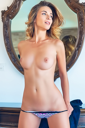 Cara Mell Nude At Her Home